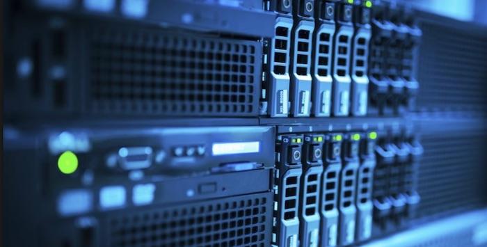 3 Avantaje pentru a NU cumpăra servere noi
